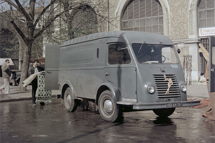 "1951. ""Renault 1000 kg"". Foto: Renault Communication"