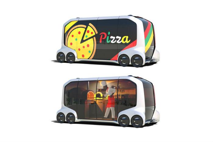 Pizzabageren kommer forbi med stenovnen, og du sætter dig til bords i nabovognen