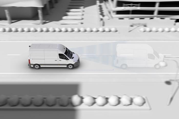 Distronic er kendt fra person- og lastbilerne. Det fortæller dig om afstanden til den forankørende og dennes aktuelle hastighed
