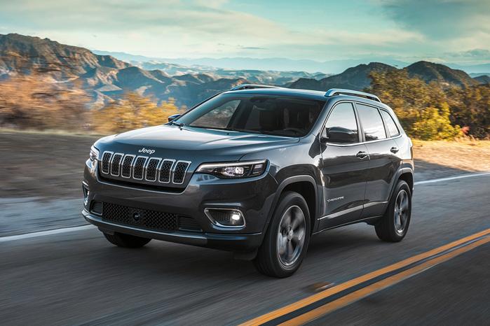 Jeep Cherokee får glæde af en stribe nye systemer med blandt andet fjerde generation af Uconnect