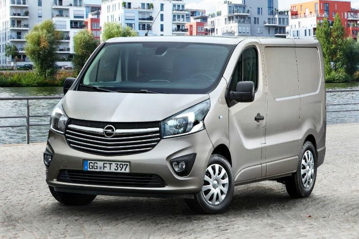 """Alle Opel Vivaro'er opgraderes med """"Edition Plus""""-udstyr, hvor der er vægt på komforten. Indfarvede kofangere er ikke en del af dette udstyr"""