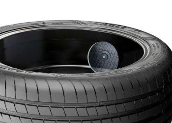 Sensorer i det elektroniske, intelligente dæk kan registrere lufttryk, dæktemperatur, belastning og slid