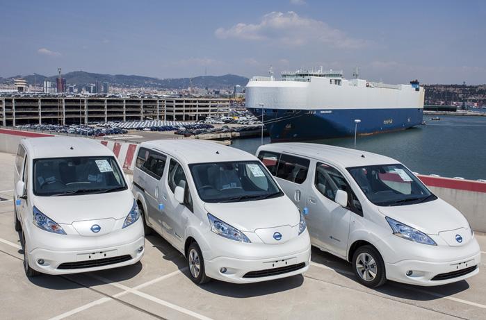 Nissan e-NV200 fås som varebil eller som bus