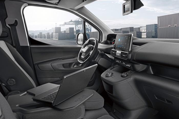 Kun Peugeot Partner bliver udstyret med i-Cockpit