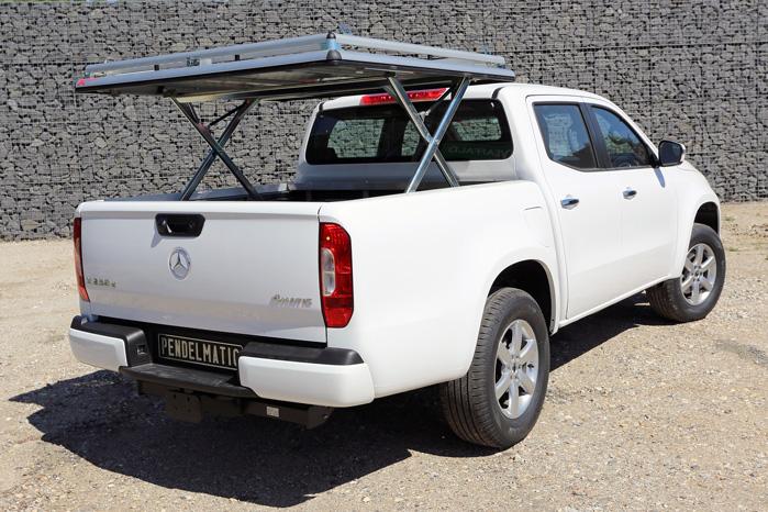 Med hydraulik kan XTop løftes med 150 kg læs fastsurret ovenpå