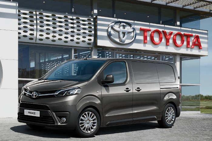 Toyota ProAce får ny 1,5-liters dieselmotor med 102 eller 120 hk. Foto: Toyota