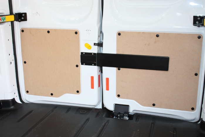 Sikringen optager som det ses ikke meget plads i varerummet. Foto: Herkules Varevognssikring