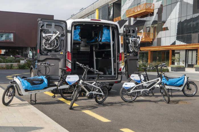 Ford vil koordinere forskellige transportformer i fremtidens pakkeleveringer. Foto: Ford