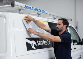 Sortimo har udviklet konceptet mySortimo Graphics, der tilbyder foliering af varebiler. Foto: Sortimo