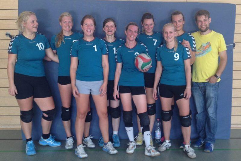 Die 2. Damen zu Beginn der Saison 2014/15