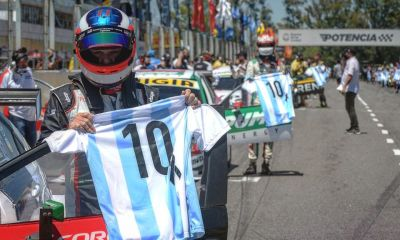 El Gálvez de Buenos Aires también homenajeó a Maradona en el TC y Súper TC2000.