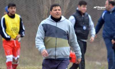 Charrense F.C. confirmó la continuidad de Guillermo Fos como DT.