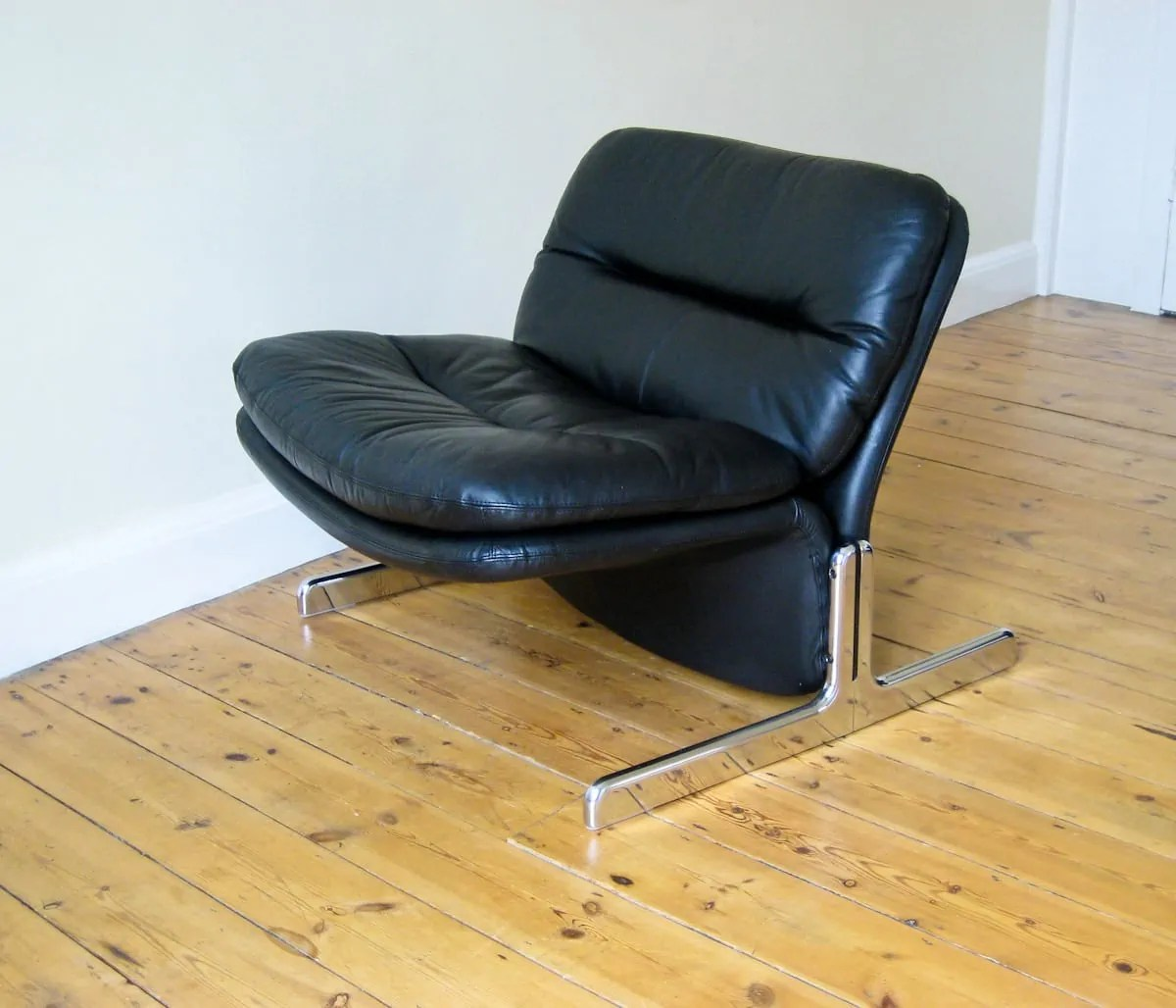 retro sofas london how to clean leather sofa with natural products vintage furniture brunati italian design alto