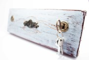 Welcome Home key holder by Altrosguardo