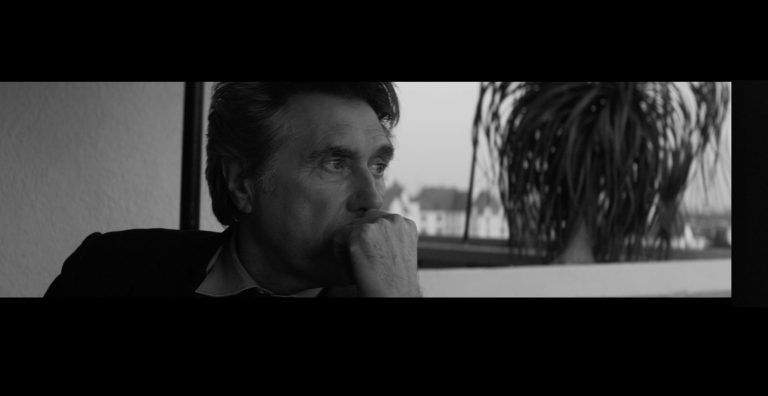 Bryan Ferry – Johnny & Mary