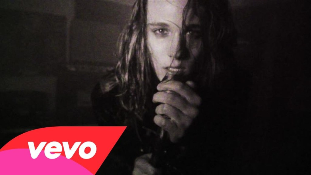 Tyler Bryant & The Shakedown – Loaded Dice & Buried Money