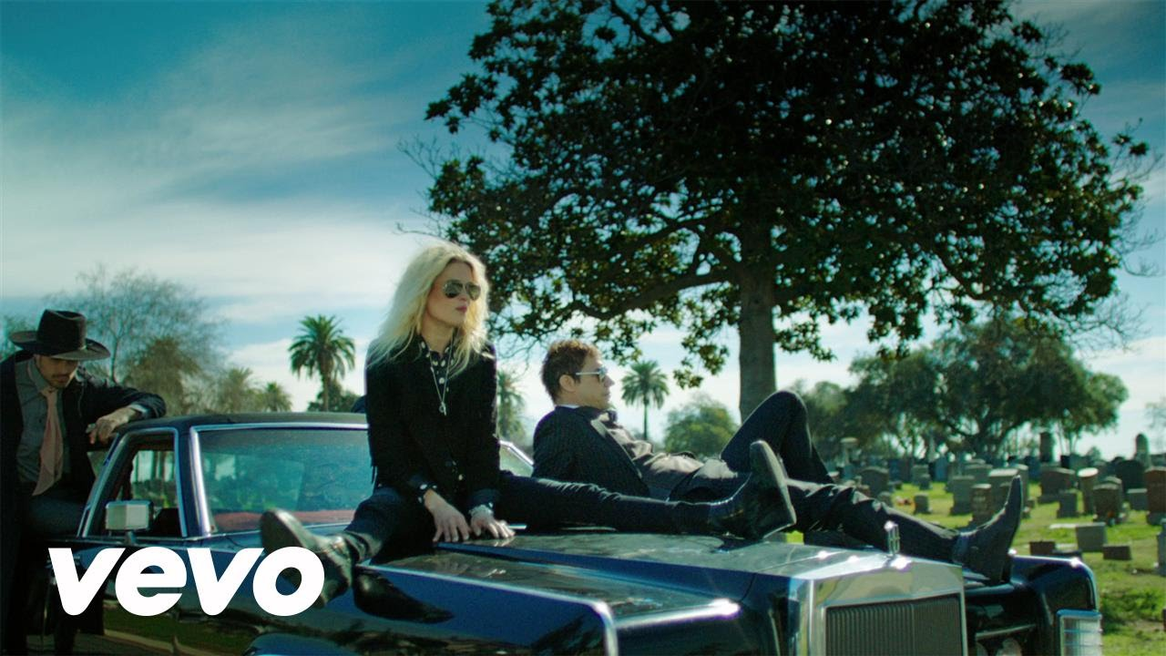 The Kills – Doing It To Death