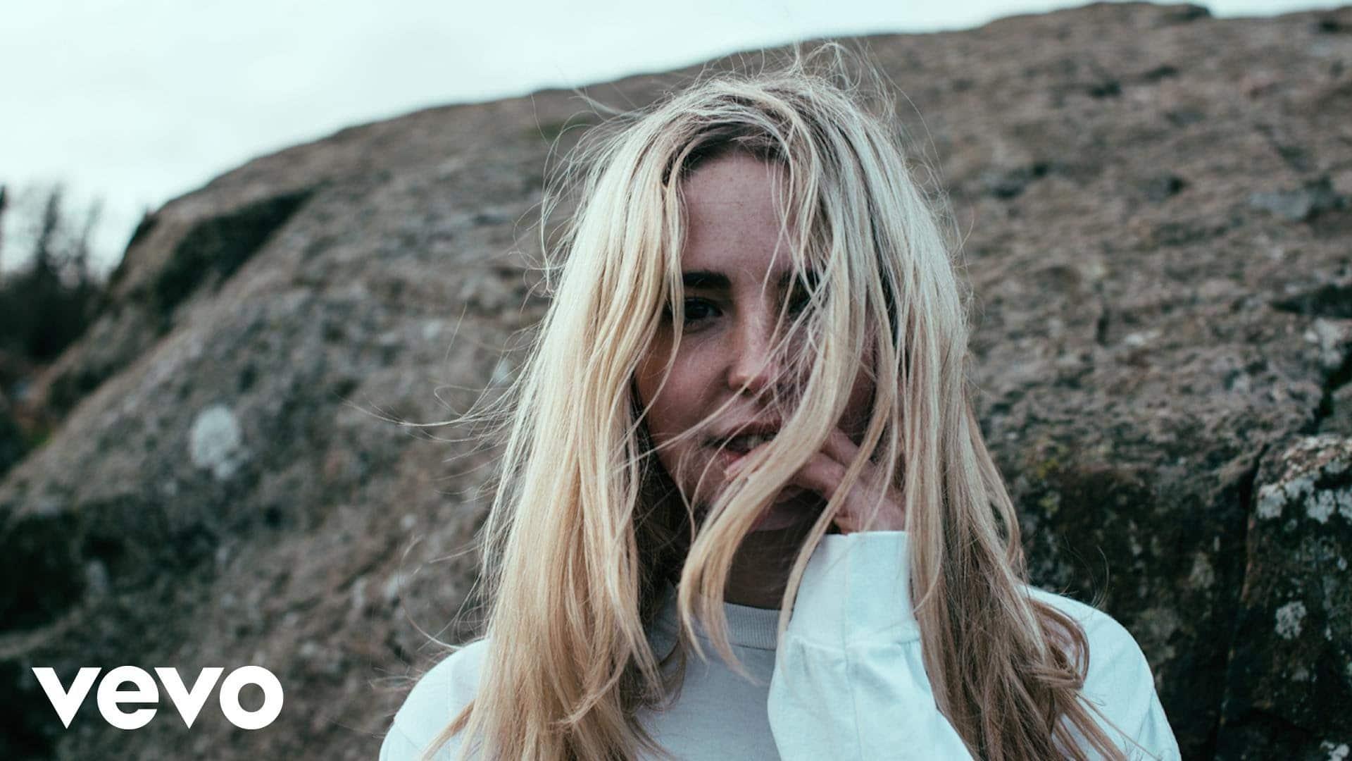 Laurel – Life Worth Living