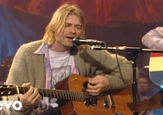 Nirvana – About A Girl (MTV Unplugged)