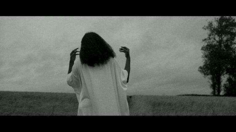 Abi Ocia – Running