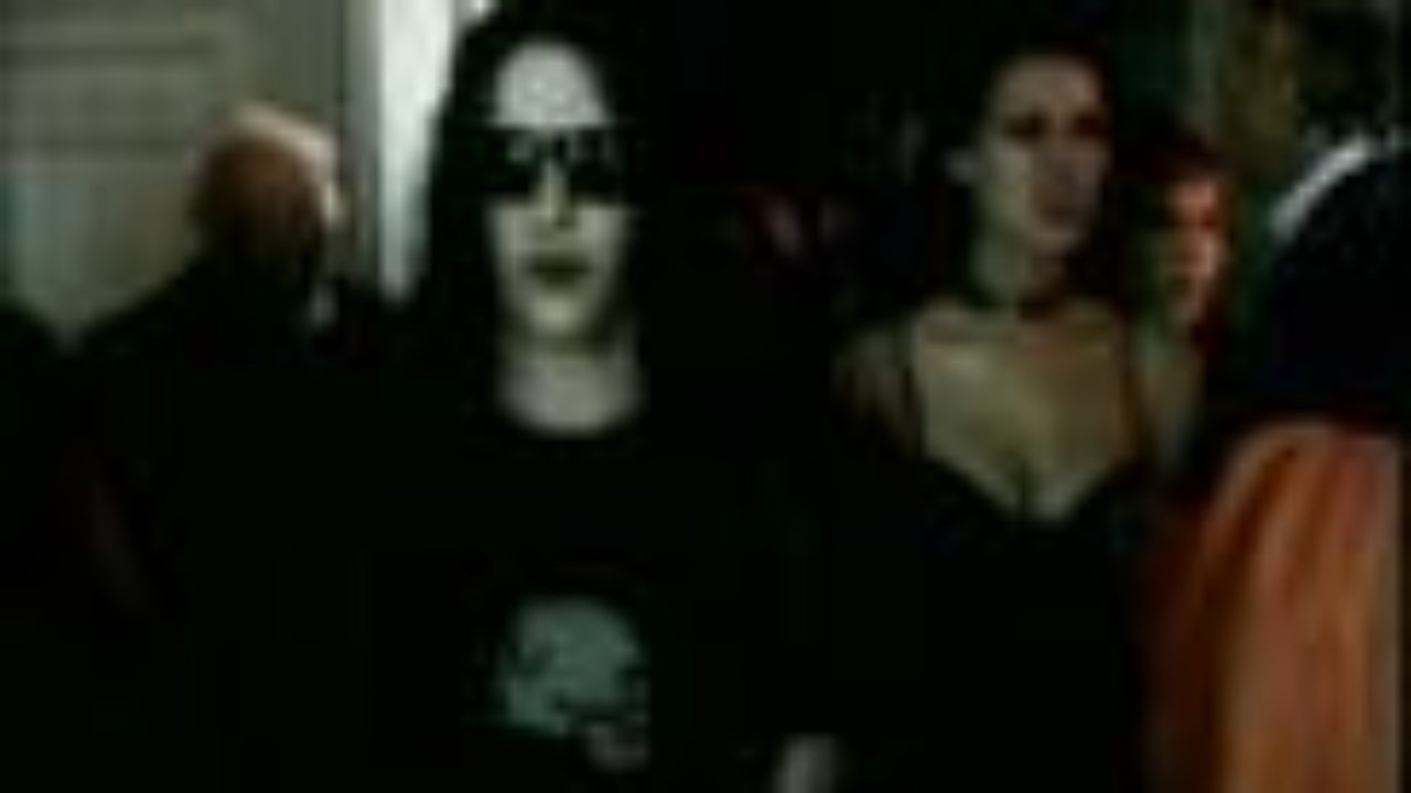 Marilyn Manson – Tainted Love