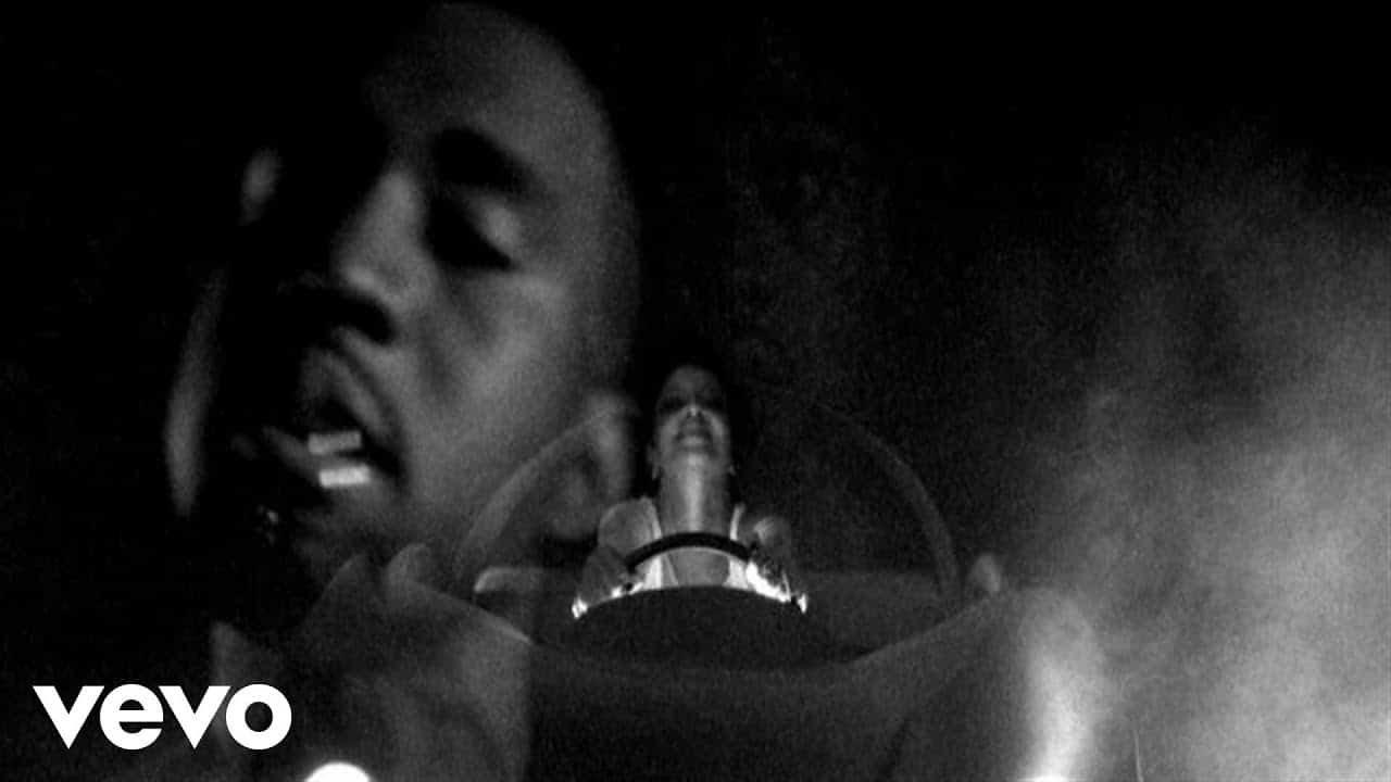 Kanye West – Paranoid