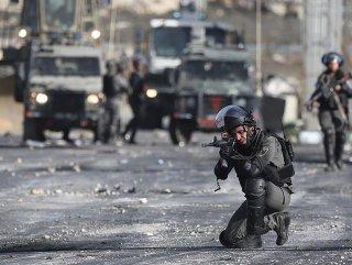 İsrail polisinden göstericilere gerçek mermiyle müdahale