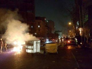 İran'da ölü sayısı 10'a yükseldi