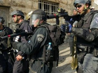 İsrail polisi Filistinli genci başından vurdu
