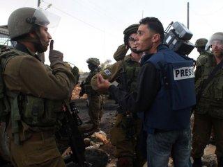 2017'de Filistin'de 909 kere basın hakkı ihlal edildi