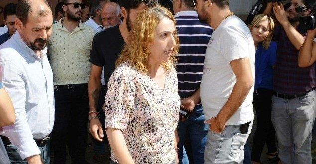 Evlat Nöbeti tutan ailelerden HDP'li vekile tepki: Bizimle dalga geçme