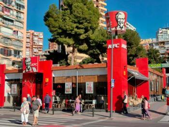 MINI_Carpinteria_metalica_benidorm_villajoyosa_altea_alicante_franquicias_restaurantes_bares_hoteles_P008_KFC_Londres