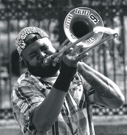 NOLA street performers