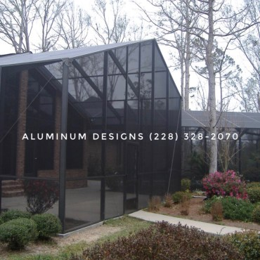Built on May 6, 2006. This Gable roof pool enclosure Built by Aluminum Designs of Saucier, MS. This image is being used by other companies to say they built this enclosure. Please do research.