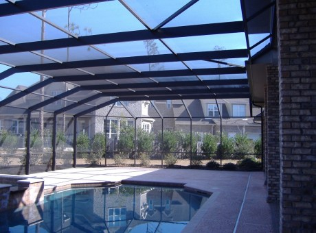 swimming pool enclsoure built by Aluminum Designs