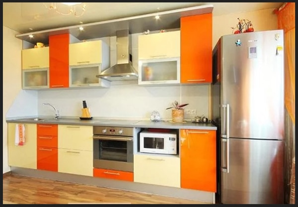 صور مطبخ باللون البيخ مع الاورنج تشكيل الالوان في المطبخ باجمل تصميمات 2019 من مطابخ روعة في جمال الالوان