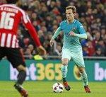 إنريكي يستبعد راكيتيتش من قائمة برشلونة أمام فياريال