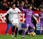 صحف إسبانية: خسارة ريال مدريد فرصة لبرشلونة