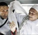 أبو تريكة يتغيب عن عزاء والده خوفاً من الاعتقال