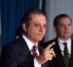 بعد رفضه الاستقالة من منصبه.. ترامب يعزل «مدعي» نيويورك