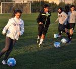 الكرة القدم النسائية الكويتية.. مسيرة خجولة بحاجة لاهتمام أكبر