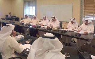 """لجنة بـ""""البلدي"""" توافق على لائحة الباعة الجائلين في السيارات المتنقلة"""