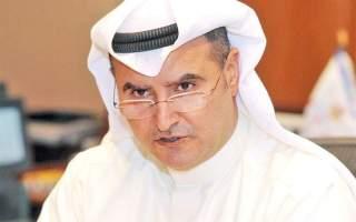 """وزير النفط: تحريك قطع بحرية لمكافحة بقعة زيت على شاطىء منطقة """"المسيلة"""""""