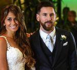 ميسي يعود إلى إسبانيا لتجديد عقده مع برشلونة