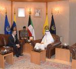 وزير الدفاع الكويتي يبحث مع السفير الفرنسي التعاون المشترك