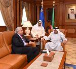 وزير الداخلية يبحث مع السفير البرازيلي تعزبز التعاون المشترك