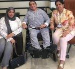 """#عبير_العجمي تتسلم """"الكرسي"""" المخصص لها من """"هيئة ذوي الإعاقة"""""""