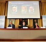 فوز 3 علماء أمريكيين بجائزة نوبل في الفيزياء