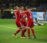 بايرن ميونيخ يلقن دورتموند درساً قاسيا بثلاثية ويتصدر الدوري الألماني