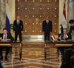مصر وروسيا توقعان اتفاقا لانشاء محطة نووية على الساحل المصري